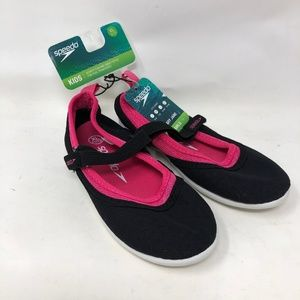 New Speedo Girls Black & Pink Mary Jane Water Shoe